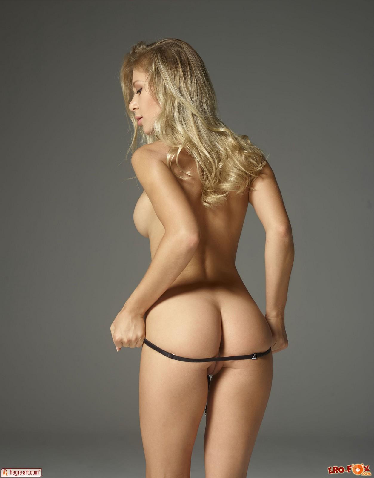 Голая блондинка с большими титьками » Эротикасмотреть лучшую фото эротику бесплатно.